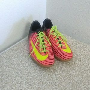 Nike Boys Mercurial Indoor Soccer Shoes
